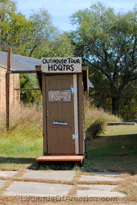 Elk Falls, KS - Outhouse - 6