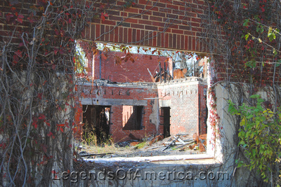 Elk City, KS - High School Ruins - 3