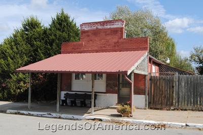 Longton, KS - Building - 3