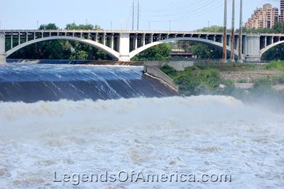 Minneapolis, MN - Saint Anthony Falls
