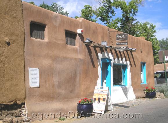 Santa Fe, NM - Oldest House