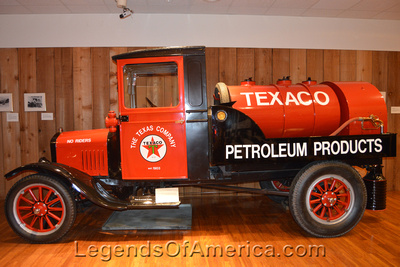 Beaumont, TX - Energy Museum - Texaco Truck
