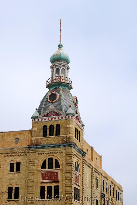 Milwaukee, WI - Schlitz Tower