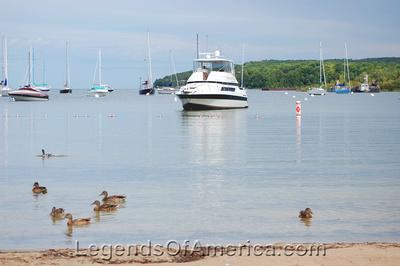 Fish Creek, WI - Ducks-Boats