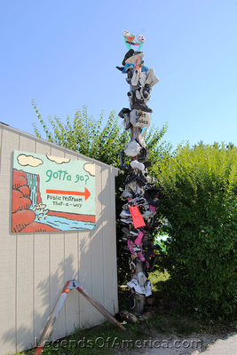 Glen Arbor, MI - Lost Soles Totem