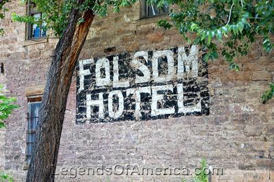 Folsom, NM - Hotel Sign