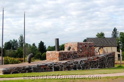Kearsarge, MI - Rock Boat Veteran Memorial