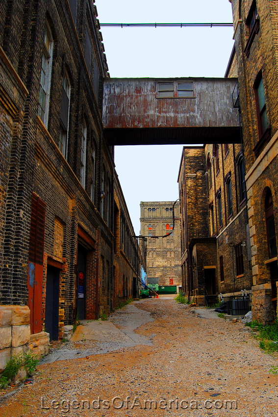 Milwaukee, WI - Pabst Brewery Alley