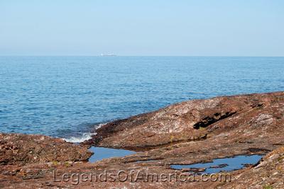 Copper Island, MI - Lake Superior Rocky Beach