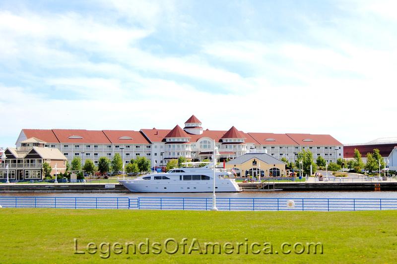 Sheboygan, WI - Blue Harbor Resort