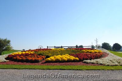 Middlebury, IN - Dutch Country Market Flower Garden