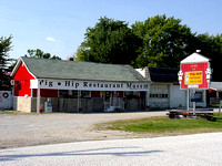 Broadwell, IL - Pig Hip Restaurant