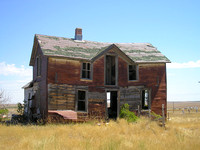 Okaton, SD - Crazy Bears House