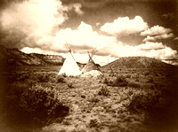 Apache tipis in Arizona, 1907