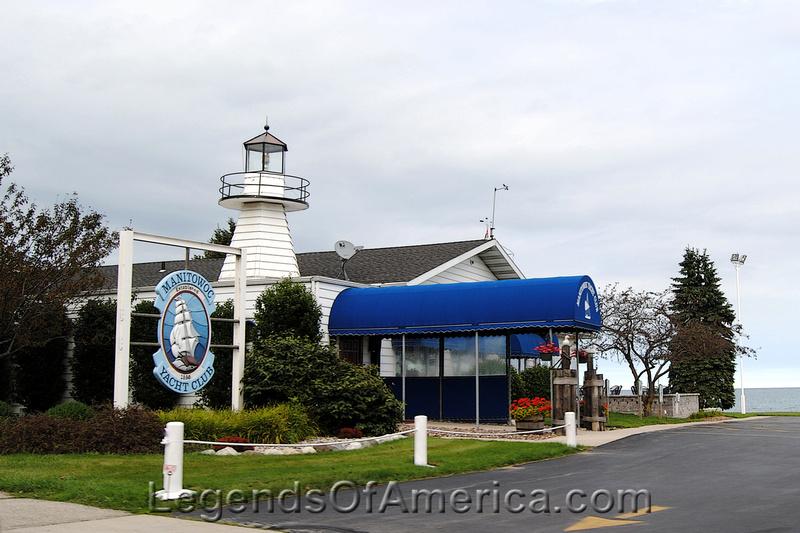 Manitowoc, WI - Yacht Club