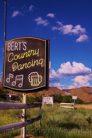 Valentine, AZ -Bert's Country Dancing