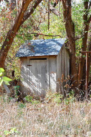 Elk Falls, KS - Outhouse - 9