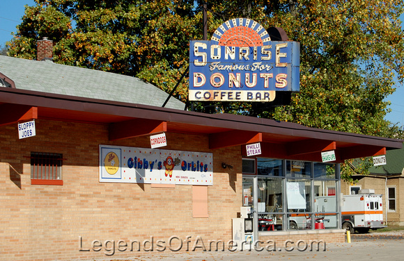 Legends of america photo prints illinois route 66 springfield springfield il sonrise donuts m4hsunfo Images