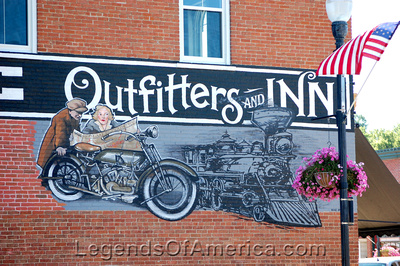 Lanesboro, MN - Outfitters and Inn