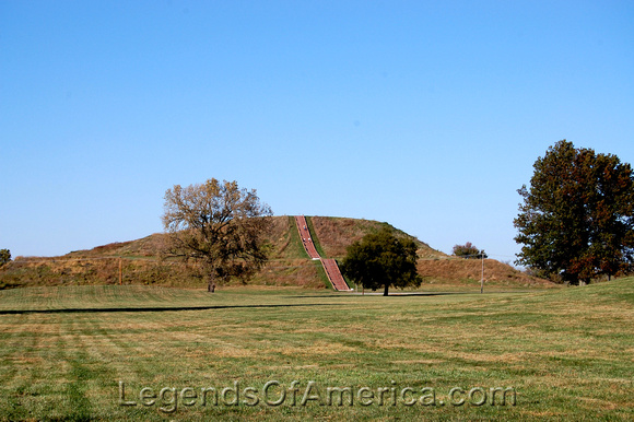 Cahokia Mounds, IL