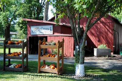Nappanee, IN - Amish Acres Cider Mill