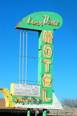 Albuquerque, NM - Lone Verde Motel Sign