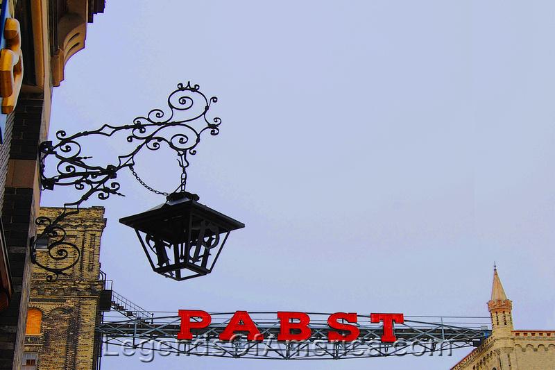 Milwaukee, WI - Pabst Lantern