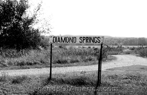 Diamond Springs, KS - Sign