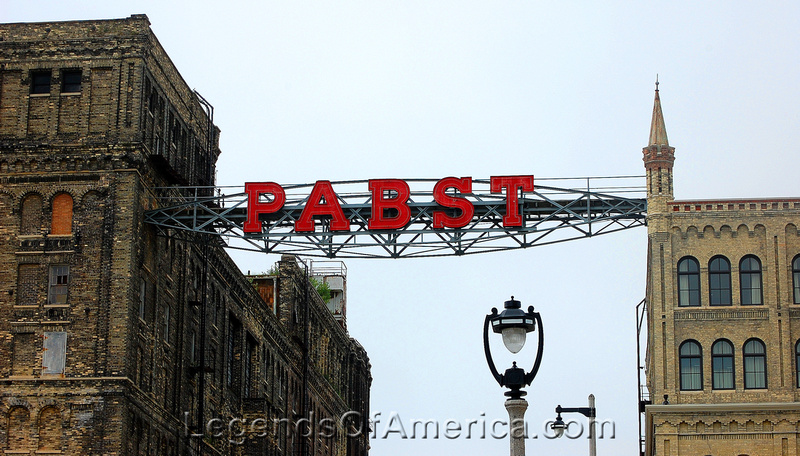 Milwaukee, WI - Pabst Sign