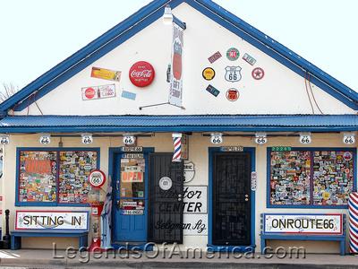 Seligman, AZ -Delgadillo Barber-da