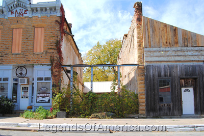 Longton, KS - Business Buildings