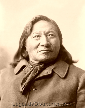 Dakota Sioux - Chief Rain-in-the-Face, 1906
