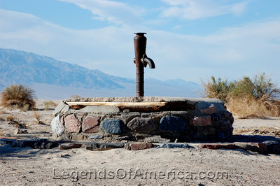Death Valley, CA - Old Stove Pipe Wells