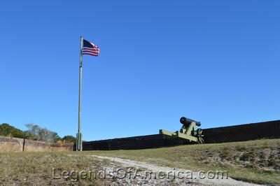 Pensacola, FL - Fort Barrancas Cannon