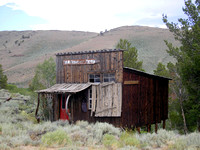 Atlantic City, WY - Old Shack Art Gallery
