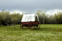 Covered wagon at Fort BridgerWYHighsmith2016